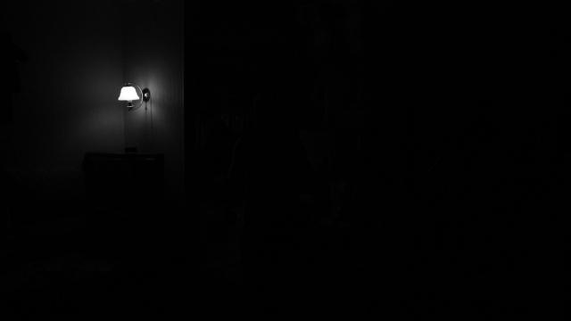 light_darkness_room_74473_2560x1440